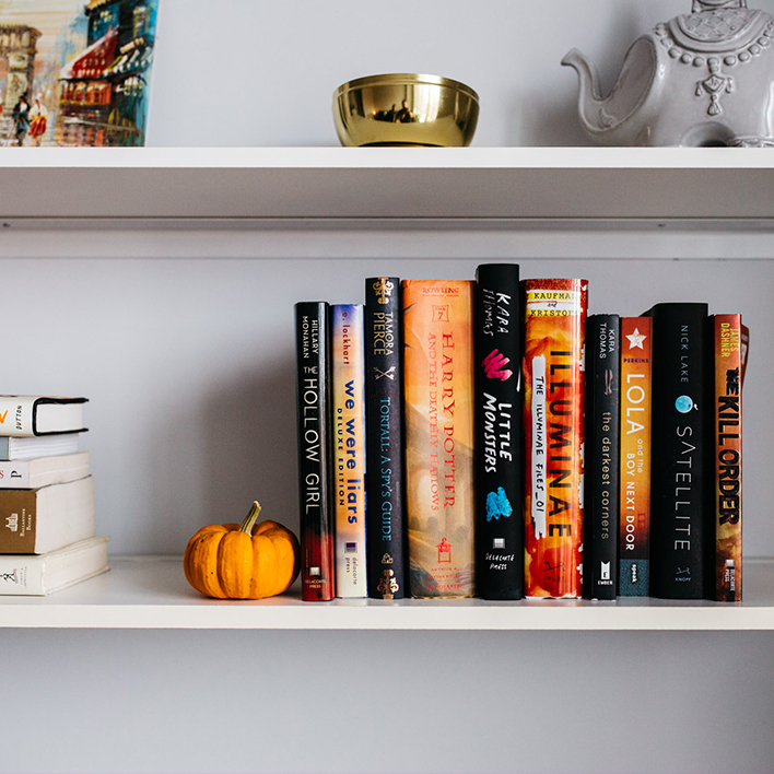 13 Haunting Phrases You Should Never Say to a Book Nerd