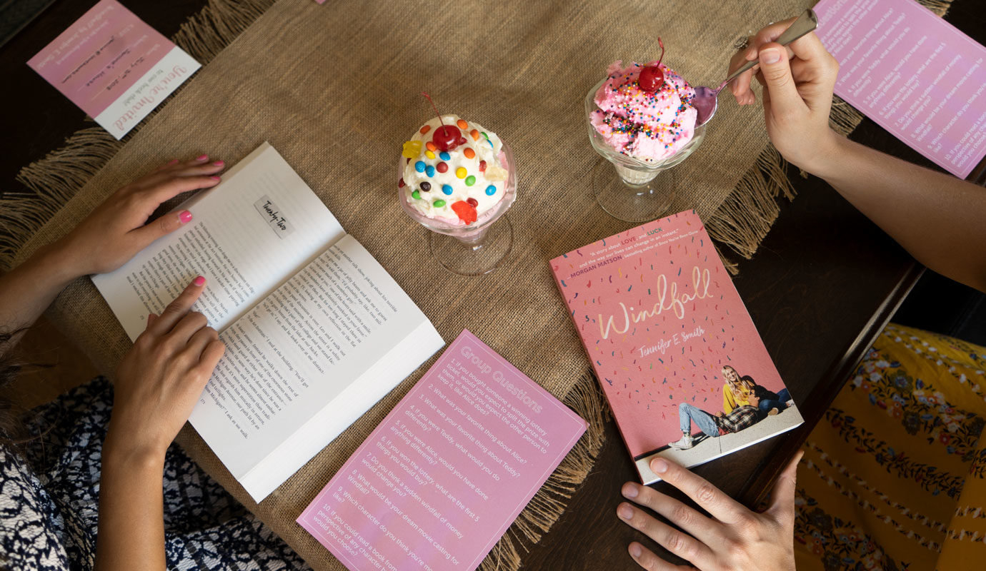 How to Host the Perfect Summer Book Club | Underlined