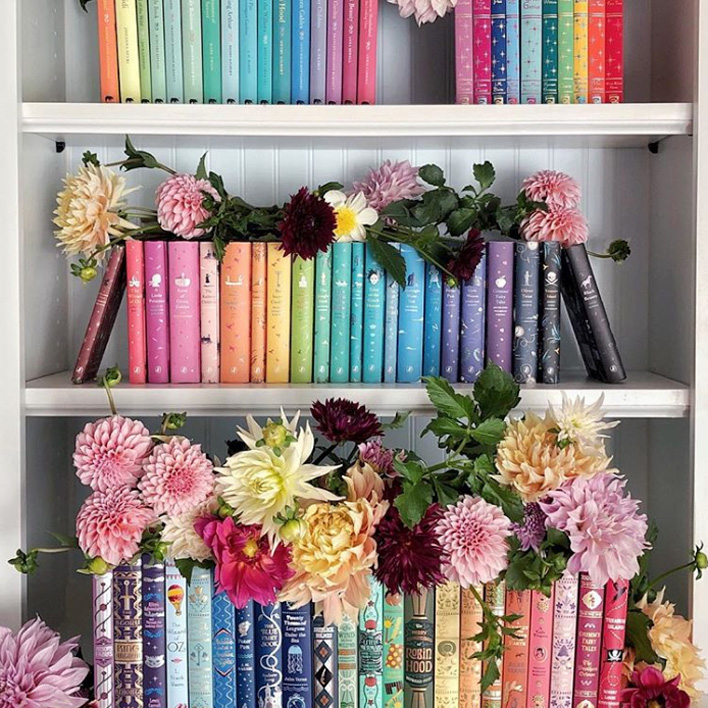 Insanely Inspirational Shelfies