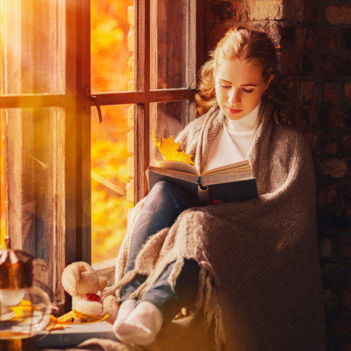 7 Problems Only Book Lovers Have in Fall