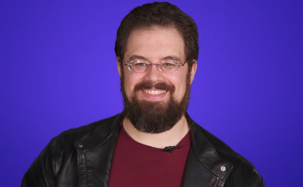 Watch Christopher Paolini, Author of Eragon, Play 6 Second Summaries!