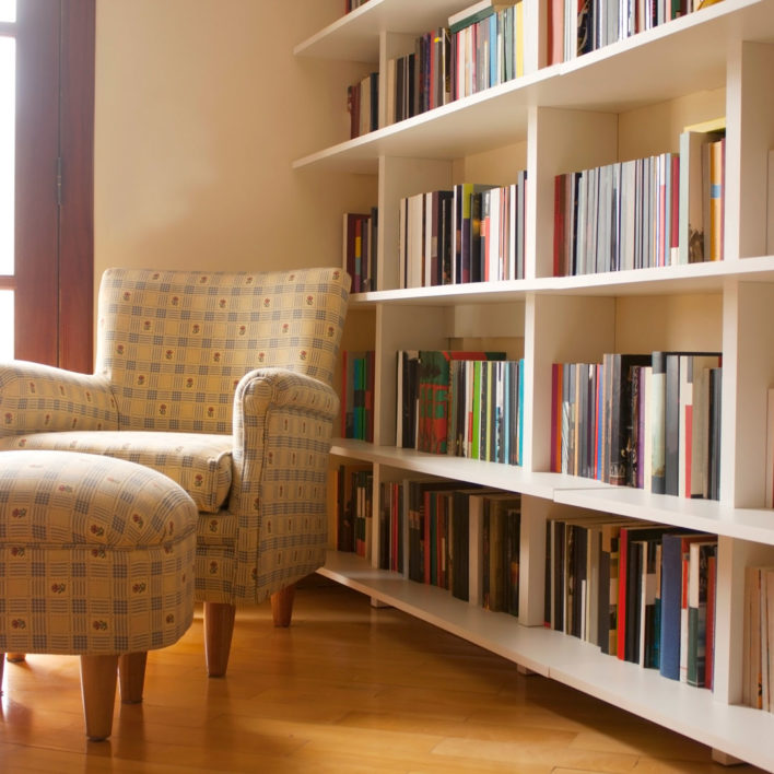 Cheap and Easy Tips for Spring-Cleaning Your Book Collection